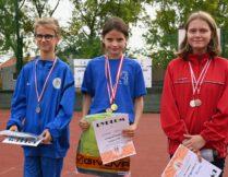 Więcej o: 11-letnia ZUZANNA OPIOŁA sportowym odkryciem sezonu w żagańskim SOSW.